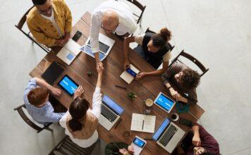 Czy umowa zlecenie liczy się do stażu pracy?