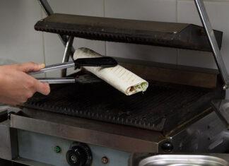 Wyposażenie lokalu z kebabem w sprzęt gastronomiczny